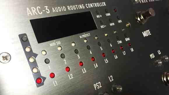 ギター・ベース用プログラマブル・スイッチャー/ループ・スイッチャー「FREE THE TONE ARC-3」レビュー