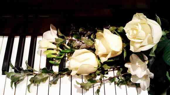 ピアノの先生がBABYMETALを調性で分析。4の歌、イジメ、ダメ、ゼッタイ他