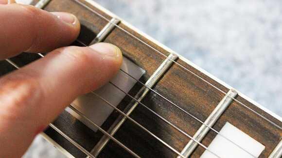 ギターフレットのチェック方法