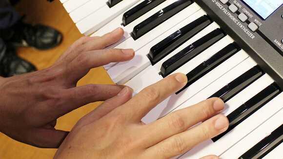 ピアノを楽に弾くには?「脱力」を考えてみよう 「手首」編