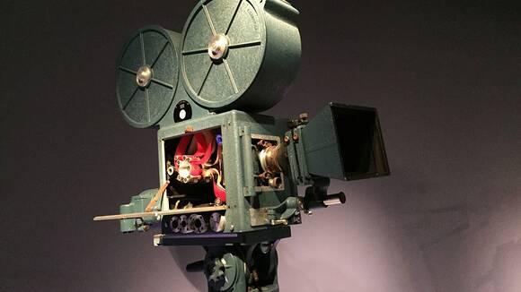 動画編集入門。MOV、AVI、MPEGなど動画ファイルの基礎知識