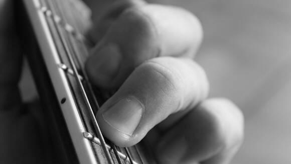 ペンタトニックスケールを使ったギターフレーズの作り方