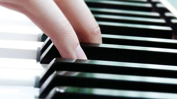 ピアノ初心者のための。分かりやすいコードチェンジの練習方法