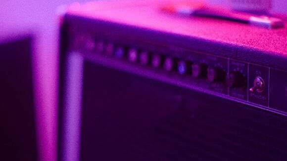 自宅で使えるオススメの練習用小型ギターアンプ