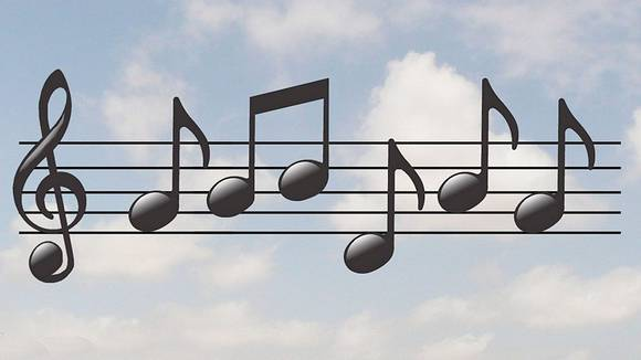 音符が身に付くリトミック。栗と落ち葉で遊んでみよう!