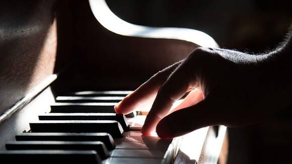 大人になってピアノを始めたくなったあなたへ「年齢は関係ない」と言いたい