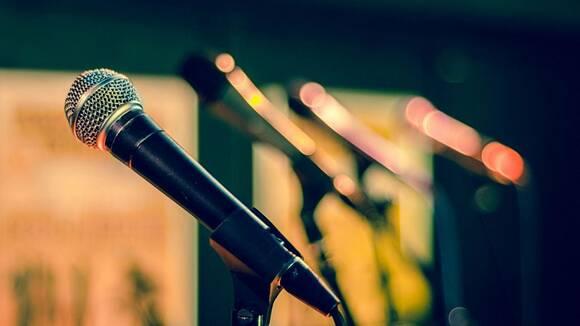 歌の練習場所に困ったら……近所迷惑にならず自宅で歌を練習する方法