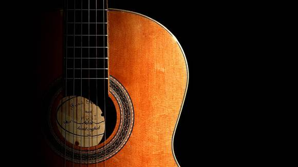 【演奏中に弦が切れにくい】アコギ弦交換方法