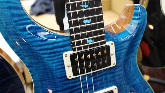 エレキギター初心者のための洋楽練習曲(岡本先生)