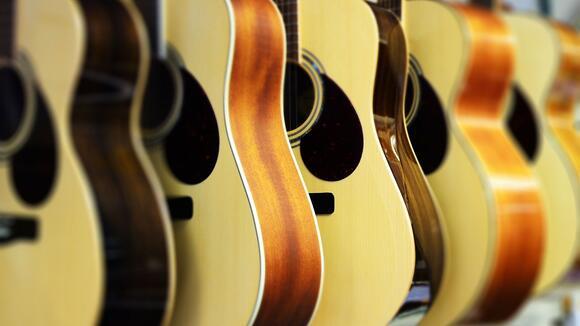 アコースティックギターの種類と特徴。アコギ初心者の基礎知識