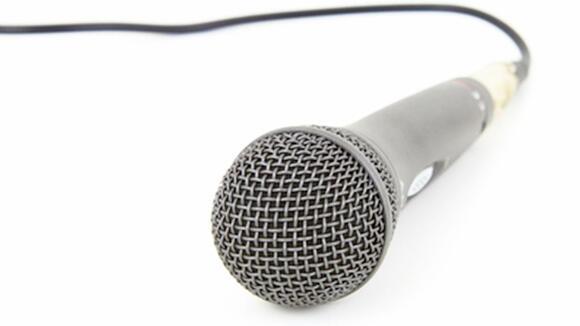 カラオケで1曲目に何を歌うか迷う!最初に歌うと良い曲