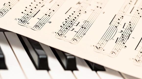 キーボード初心者におすすめの洋楽の練習曲