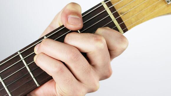 【すごく役に立つ】ギタースケールを効率よく覚えるためのCAGEDシステム