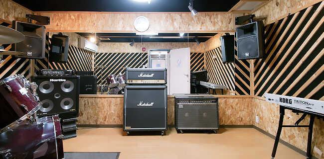 302スタジオ