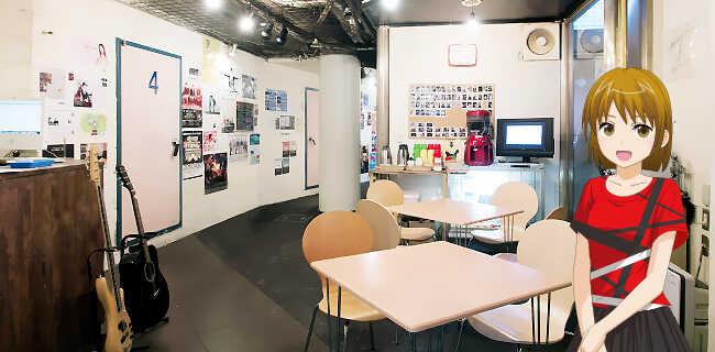 店内|フリードリンクコーナーなど開放的な雰囲気でスタッフとの音楽話も弾みます。